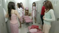 日本男女互换身体,进了更衣室后就尴尬了!