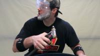 高压水枪能把胡子刮掉吗?老外作死尝试,网友:看的我也想试试!