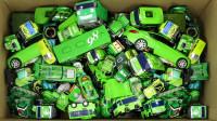 开箱展示一整箱的绿色变形金刚泰路小巴士迪士尼汽车等玩具