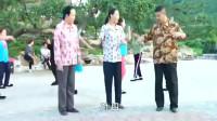 乡村爱情11:刘能媳妇跳广场舞锻炼身体,刘能还不放心