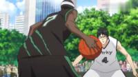 黑子的篮球:炸脖龙队开始显露出他们出神入化的街球技巧,日本球员被戏耍