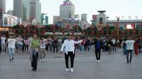 西宁市中心广场.锅庄舞(97)歌曲: 藏族生日歌