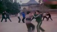 八十年代的太极推手功夫,以一敌四,轻松击倒对手