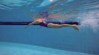 蛙泳视频教程(第一课),美女教练教你学蛙泳