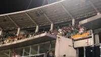 输不起?国安球迷向客队看台扔水瓶挑衅,各种侮辱谩骂不堪入耳
