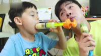 马树奇趣秀 用真的水果制作美味的水果冰淇淋 小伶玩具