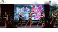 大学生COS韩国女星跳热舞, 对比之下谁更性感