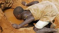 曾有人问专家,为什么非洲人宁可渴死也不挖井,饿死也不种地?