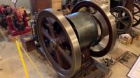 1904年的发动机,都一百多年了,保存到现在,真正的古董啊