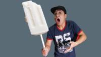 嫌雪糕不够吃?男子动手制作世界最大雪糕,结果蹲在厕所起不来!
