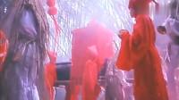 林正英僵尸片:这段鬼娶亲太诡异了,小时候看了不敢上厕所!