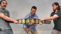 世界拳王的金腰带真是金子做的吗?土豪花重金买下,才发现上当了!