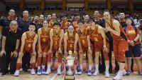 热身赛中国女篮大胜希腊三连胜夺冠 李月汝13+5