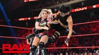【RAW 08/19】妮琪克洛斯释放碎颈大招 和小魔女再度卫冕双打冠军