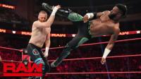【RAW 08/19】塞德里克转身飞踢后接脊柱粉碎 晋级擂台之王下一轮