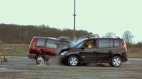 高速汽车逆行有多危险?实验汽车80km/h相撞,看完不敢违章了!