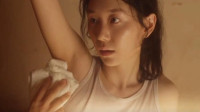看韩国电影《晚春》,女子在高额工资的诱惑下,接受了安排