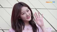 韩国女星金赛纶出席品牌活动,一袭粉色短裙显得清纯可爱又有活力