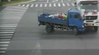 诡异事件:大货车经历了什么,若不是监控,谁又能还卡车司机真相