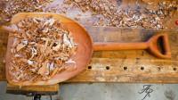一块普通的木板,看他如何刨出一个超大的木铲,这是土豪级的做法