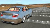 时速200公里的汽车驶过500个减速带会怎样?看完这个动画你就懂了