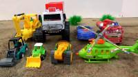 消防车和变形汽车组合成货车,彩蛋变出工程车玩具,婴幼儿宝宝玩具过家家游戏视频I456