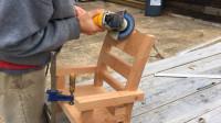 制作一把实木凳子,本以为很普通,看到成品众人抢着要