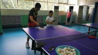 青少年宫乒乓球教练教您乒乓球第二课