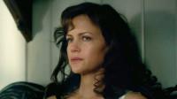 女主被困林中小屋,用最笨的方法自救,这部电影看得我好着急!