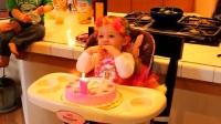 萝莉过生日熄蜡烛,霸气萝莉用手直接盖了