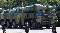 中国亮剑杀手锏导弹东风21D,一次齐射6枚就能灭掉航母编队!