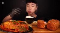 大胃王:大个头的泡菜包饭和两块午餐肉,真的挺能吃!