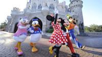 上海迪士尼终于改了!游客可带食物、免费供水,网友:人多力量大