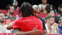 世界杯决赛群星璀璨:科比拥抱罗斯帕克马努搞怪自拍
