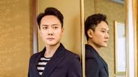 冯绍峰再被疑有情况 只因助理对镜头笑?
