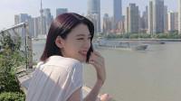 八卦:周杰伦新歌MV女主饭桌上学中文 发音标准可爱大笑