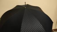 一款有说明书的雨伞?魅族晴雨伞一把售价999元,这啥材料呀!