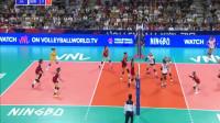 李盈莹面对三人高拦网暴扣球,姚迪精彩防守球得分!