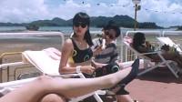 喜剧片:老板带太太去游泳,遇到公司小秘,小秘和太太争风吃醋