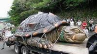"""老农抓到一只""""大龟"""",怕是保护动物不敢吃,专家:赶紧杀了"""