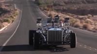 外国大叔给汽车装上4个发动机,速度到底有多快?场面太刺激了!
