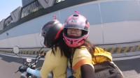 两个90后女生骑二手125摩托去新疆,网友帮忙看看,这种摩托车可以骑到吗