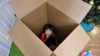 越看越有趣!萌宝小正太怎么躲在箱子里?竟然穿越到水上乐园吗?儿童亲子趣味游戏玩具故事