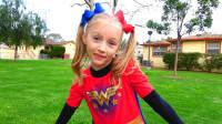 萌娃小可爱变身成为超级英雄帮助小朋友,小家伙真是棒棒哒!—萌娃:助人为快乐之本!