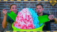 老外制作100磅的冰淇淋,一边吃一边玩,网友:大胃王!
