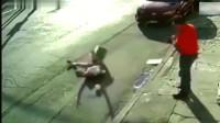 灵异事件:女子走在路上突然被弹起倒地,监控拍下诡异一幕!