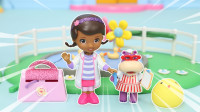 小医师大玩偶麦芬帮助发声玩偶小鸡玩具故事