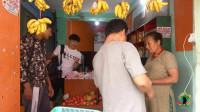 尼泊尔普通人月工资600元,看看当地水果价格,感觉一般人吃不起