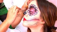 美妆师为女儿化妆万圣节糖头骨妆容,美妆打扮后你觉得漂亮吗?
