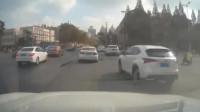 上海普陀发生严重交通事故 现场有人员伤亡